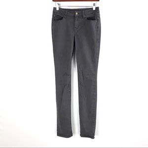 Level 99 | Mid Rise Lily Skinny Straight Gray Jean